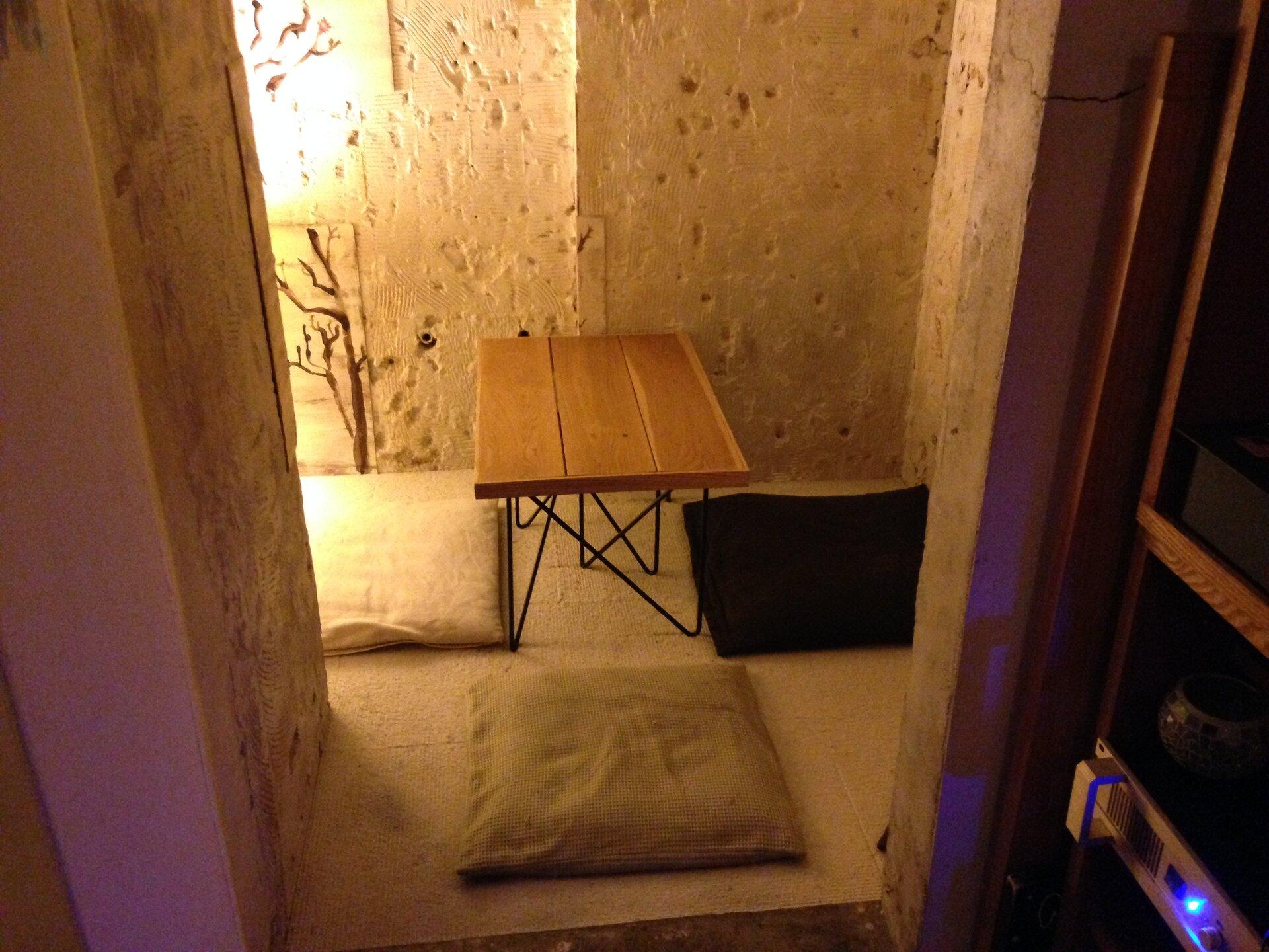 新宿でゆっくりできるおすすめの隠れ家・穴場カフェ3選【女子会やデートにも!】