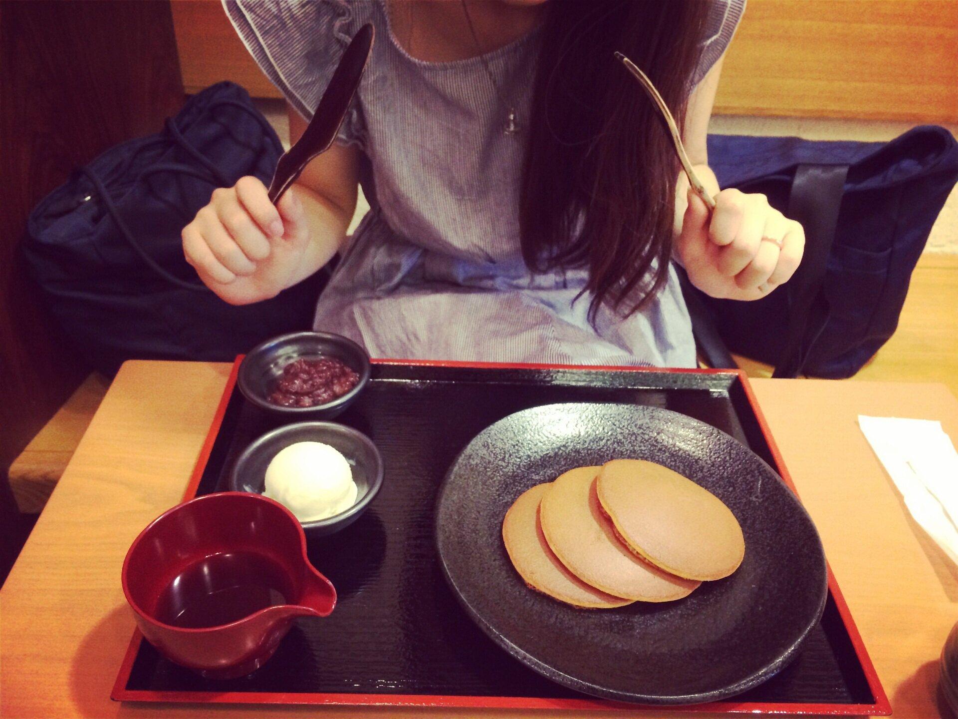老舗の和菓子屋さん《松崎 煎餅》で和風ホットケーキ!学生さんにもおすすめ!